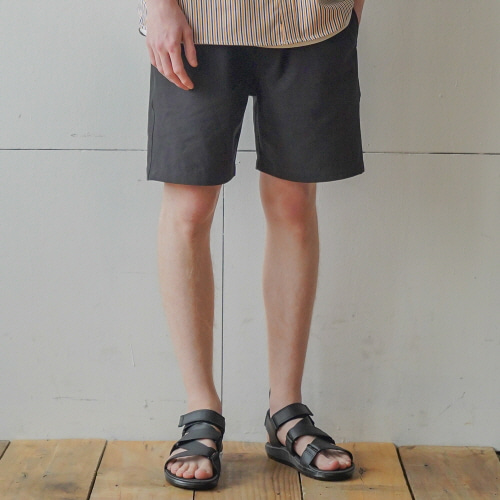 필루미네이트UNISEX BOB Cotton Shorts-Black