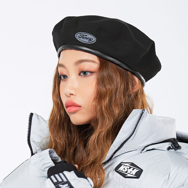 네스티킥FANCY LOGO BERET BLACK (NF18A084H)